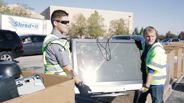 Computer-electronics-recycling-indianapolis-technology-recyclers-community-drop-off-event