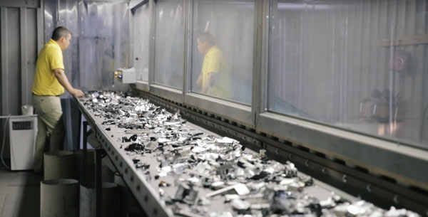 Computer-electronics-recycling-technology-recyclers-hard-drives-2